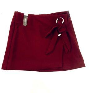 ✨ NWT Burgundy Wrap Mini Skirt